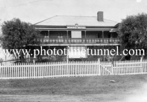 Morris's Junction Hotel, Raymond Terrace, NSW c1920s.