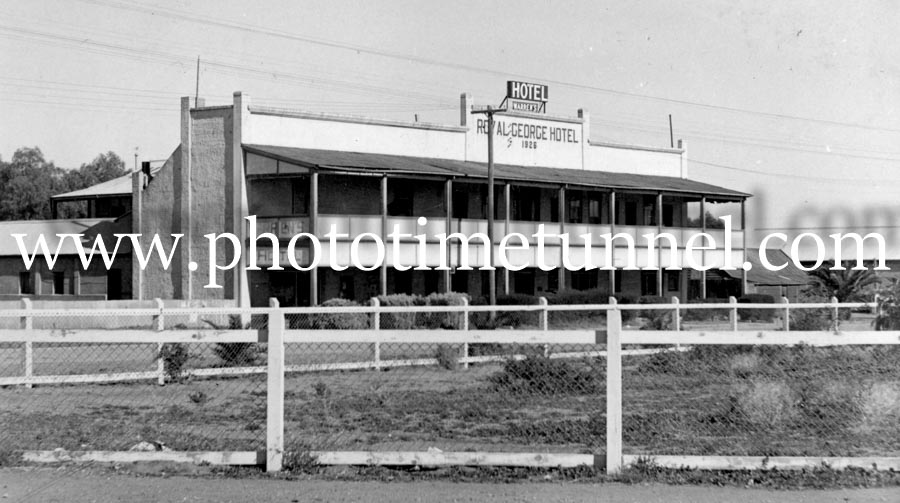Royal George Hotel, Uralla, NSW, circa 1950s.