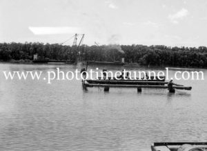 Construction of the Hexham Bridge over the Hunter River near Newcastle, NSW, January 22, 1947. (2)