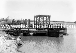 Construction of the Hexham Bridge over the Hunter River near Newcastle, NSW, January 22, 1947. (3)