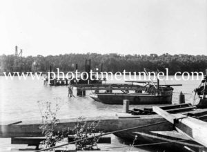 Construction of the Hexham Bridge over the Hunter River near Newcastle, NSW, June 17, 1947. (4)
