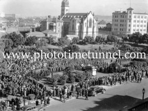 Anzac Day service in Civic Park, Newcastle, NSW, circa 1940s