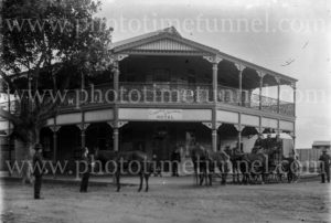 The Clarence and Richmond Hotel, Grafton, NSW, circa 1910.