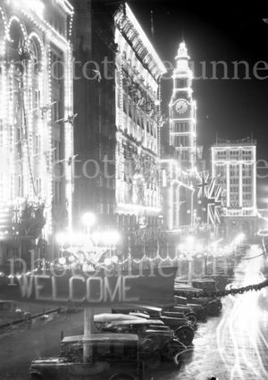 Illuminated decorations in Sydney for the visit of Edward, Prince of Wales, 1920. (13)