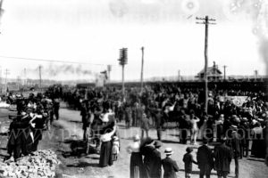 Troops of the 35th Battalion, Australian Imperial Force, being farewelled from Broadmeadow, Newcastle, NSW, May 1, 1916.