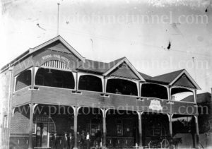 Royal Oak Hotel, Tighes Hill, Newcastle,NSW, c1920s