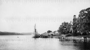 Riverboat Melinga at a wharf on the Clarence River, NSW, circa 1940s.