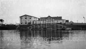Windang Guest House, Port Kembla, NSW, January 1, 1931. (2)