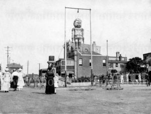 Effigy of Kaiser Wilhelm in Newcastle East, NSW, during World War 1.
