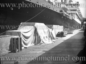 P&O ship RMS Orford at No 7 Wharf, Woolloomooloo, Sydney to Tasmania, January 1, 1937.