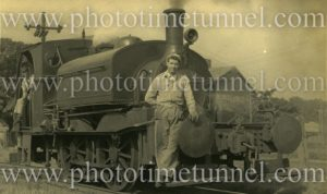 """Stewarts and Lloyds industrial saddle-tank engine """"Green Hornet"""" at Newcastle, NSW, June 5, 1951."""