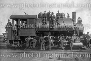 Men with industrial saddle-tank engine, BHP No 5.