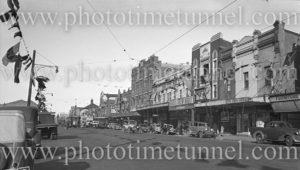 Hunter Street, Newcastle (NSW), during 150th anniversary celebrations, September 9, 1947.